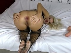 Farting fetish Stretching asshole by big dildo Fisting video on WebcamWhoring.com