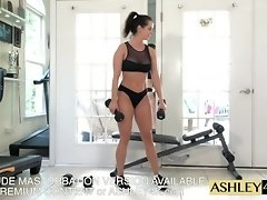 Fitness Girl Training Ashley Sinclair Free Version video on WebcamWhoring.com