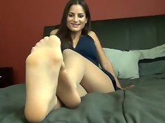 Foot Fetish Brazilian Stefania Mafra video on WebcamWhoring.com