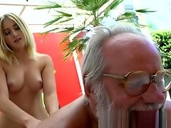 Teen masseuse fucked outdoors by grandpa video on WebcamWhoring.com