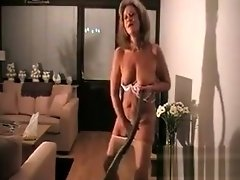Horny Grandma Weaing Pantyhose Cleans video on WebcamWhoring.com