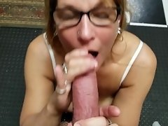 Mature Daizy Layne Loves To Fill Her Mouth With Cock and Deepthroat Swallow video on WebcamWhoring.com