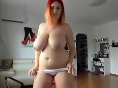 Sexy Huge Natural Tits Camwhore Gets Her Tight Pink Pussy Wet video on WebcamWhoring.com