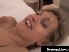 Texas Cougar Deauxma Scissor & Tongue Fucks Younger Paige! video on WebcamWhoring.com