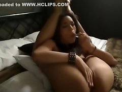 Stunning Webcam Girl Is Really Flexible video on WebcamWhoring.com