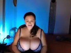 Huge Natural Boobs BBW video on WebcamWhoring.com