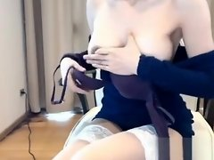 Amature with puffy nipples solo video on WebcamWhoring.com