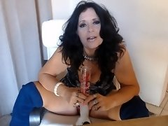 SEXY MATURE  rips bong with dirty talk video on WebcamWhoring.com