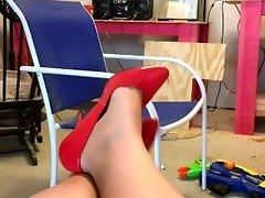 Red High Heel Pumps Shoe Play and Dangling - Pretty Feet Fetish - Long Toes video on WebcamWhoring.com