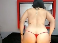 Plump Chick Is Seen Masturbating video on WebcamWhoring.com