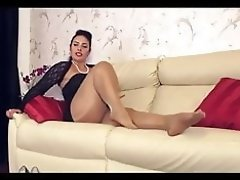 Sexy Milf in pantyhose video on WebcamWhoring.com
