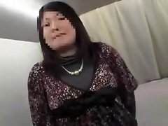 Alluring Oriental girl changes clothes and exposes her amaz video on WebcamWhoring.com