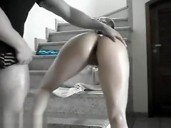 Shaking Her Tight Booty video on WebcamWhoring.com