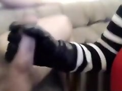 Gal with gloves for cumshot video on WebcamWhoring.com