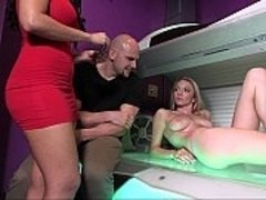 Tanning bed banging video on WebcamWhoring.com